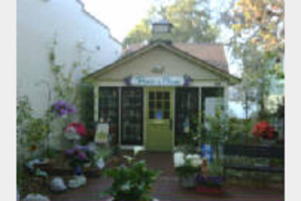 Piece of Mine Home Boutique - Shopping - Gift Shops in Mount Dora FL