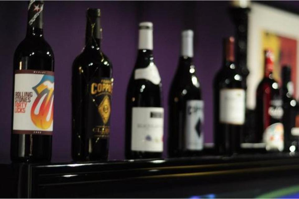 Vineyards of the World - Food and Beverage - Wine Bars in Clermont FL