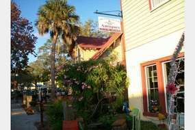 The Good The Bad & The Ugly Antiques in Mount Dora, FL