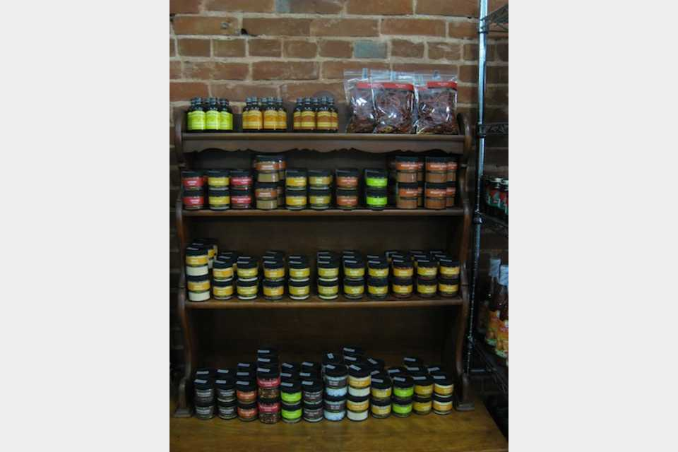 KE Black Mercantile - Shopping - Hobbies and Crafts in Dysart IA