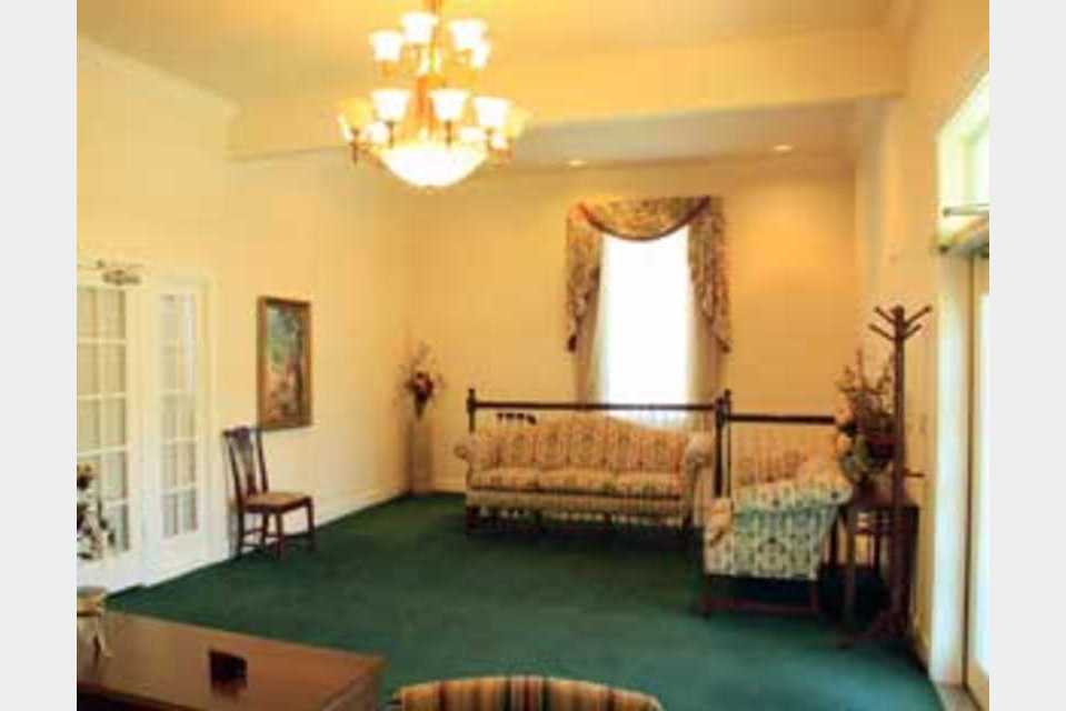 Zeyer Funeral Chapel - Services - Funeral Services in Nampa ID