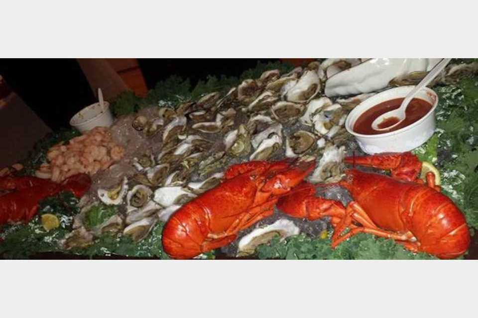 Wood's Seafood - Shopping - Restaurants in Plymouth MA