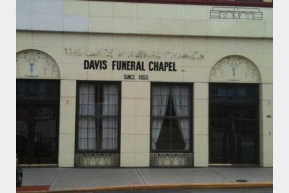 Davis Funeral Chapel - Services - Management Services in Leavenworth KS