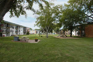 Heritage Manor Apartments in Rochester, MN