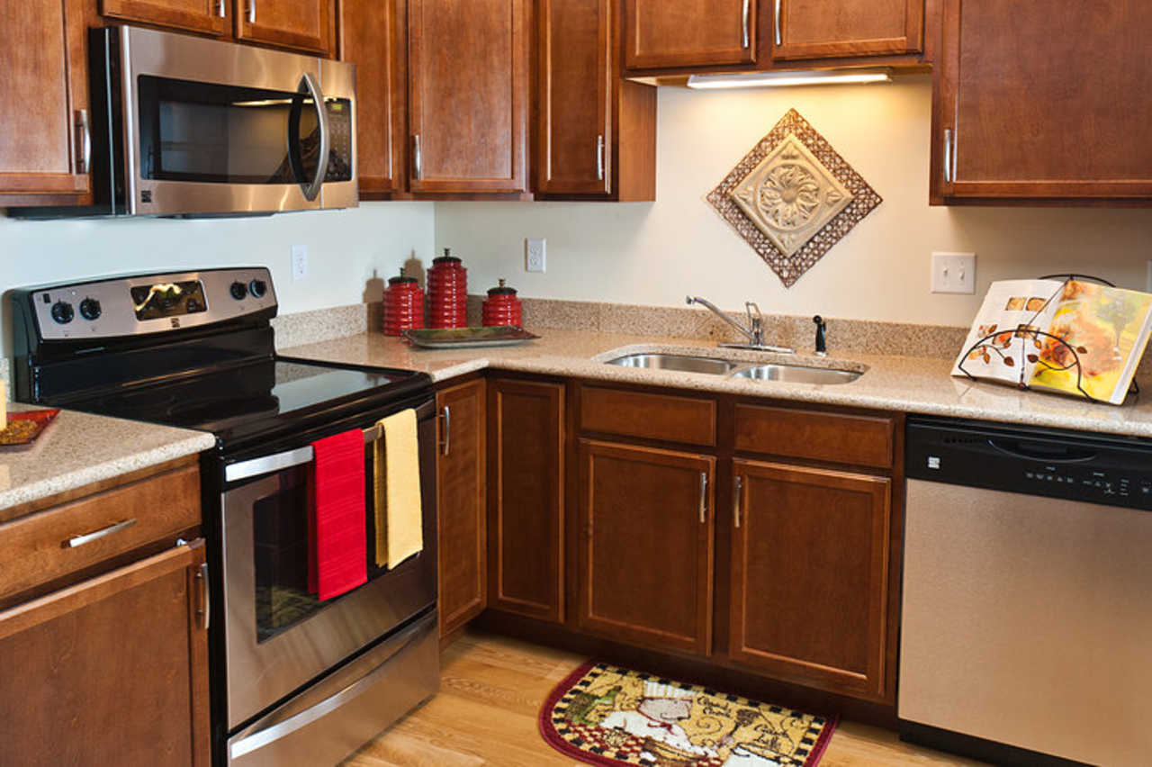 Quarry Ridge Apartment Homes - Real Estate - Apartments in Rochester MN