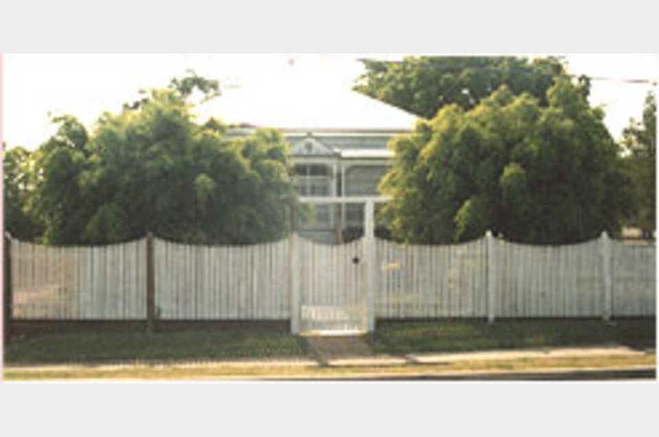Horton & Horton Fencing - Services - Fencing in DRAPER QLD