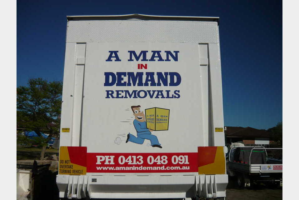 A Man In Demand Removals - Transportation - Trucking in WOY WOY NSW