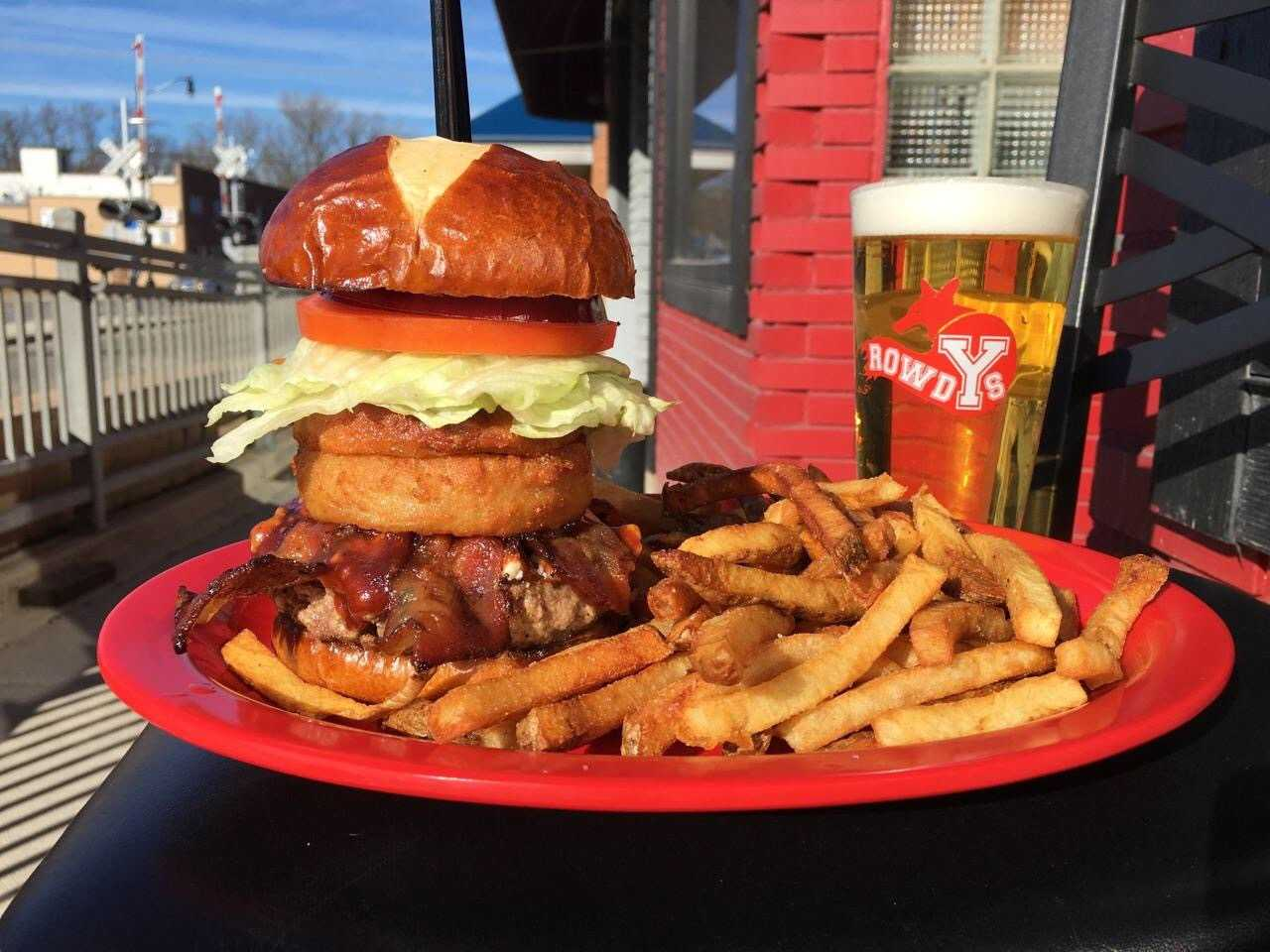 Rowdys - Food and Beverage - Restaurants in Yorkville IL