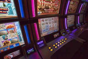 Wheel of fortune triple stars slot machine