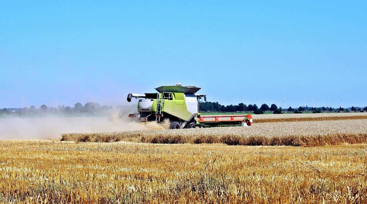 Red Horizon Equipment - Agriculture - Farm Equipment and Supplies in Glenwood MN