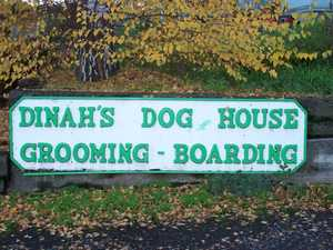 Dinah's Dog House in The Dalles, OR