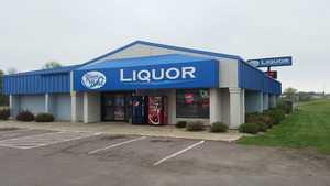 River Bend Liquor in Windom, MN