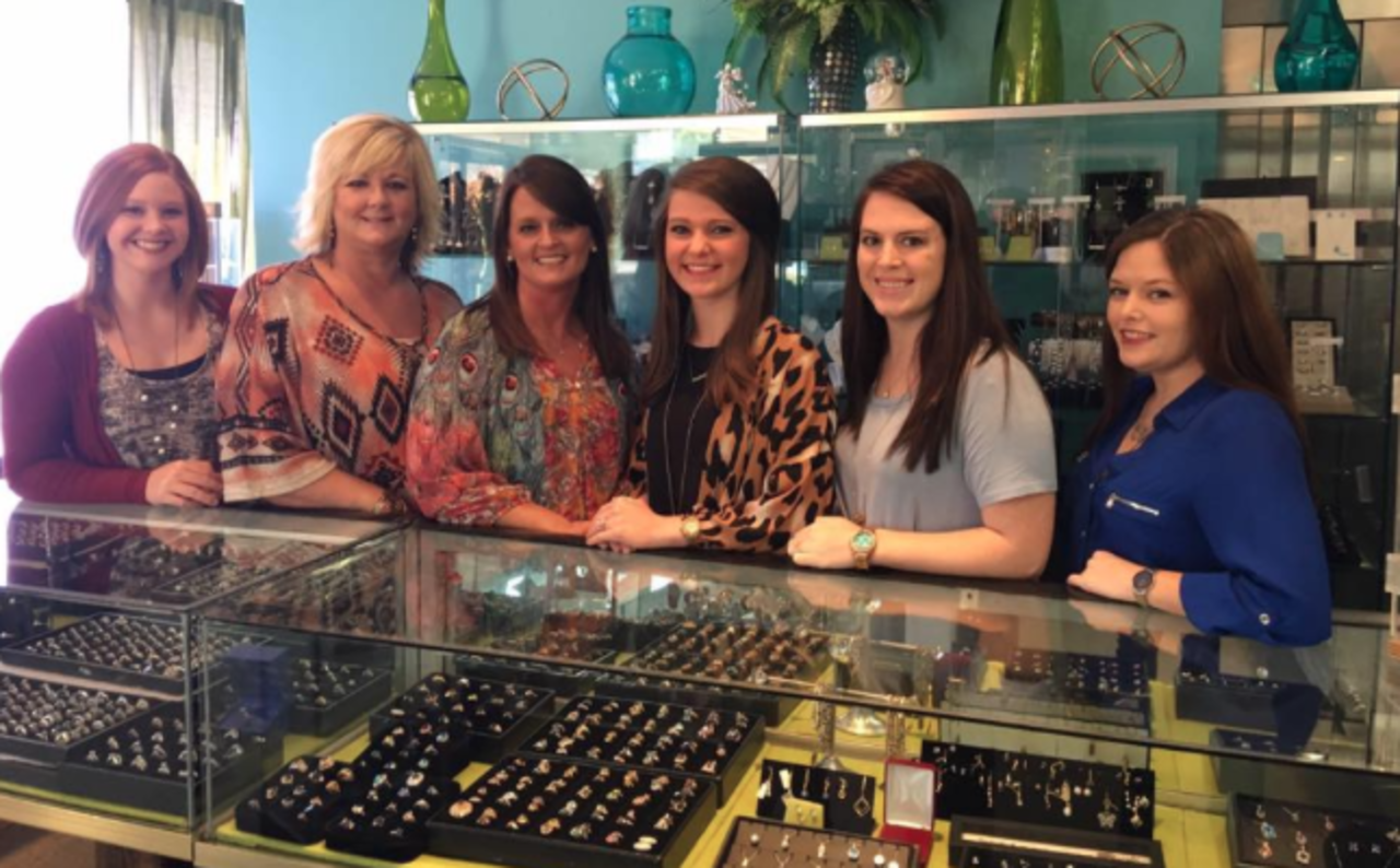 Bobby's Jewelry Inc - Shopping - Bridal Stores in Philadelphia MS