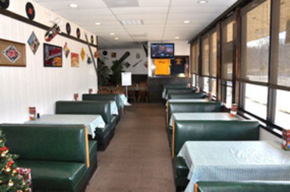 Georgie's Pizza Pasta & More - Food and Beverage - Restaurants in Berkeley Springs WV